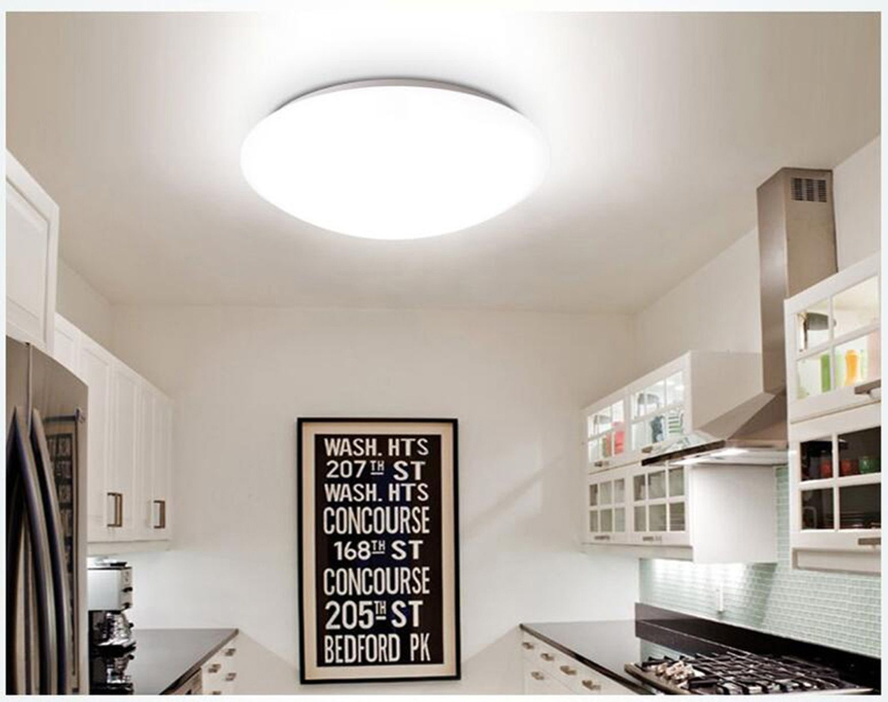 Recessed downlights for bathrooms